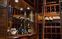 Wine-Racks-Mini-Car-Collection-Custom-Display-with-Glass-Shelves-and-Lighting-1024x681 (1)