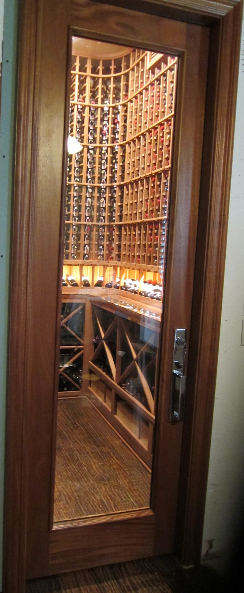 Barolo-Glass-Door-in-Mahogany-with-Wheat-Stain-and-Lacquer