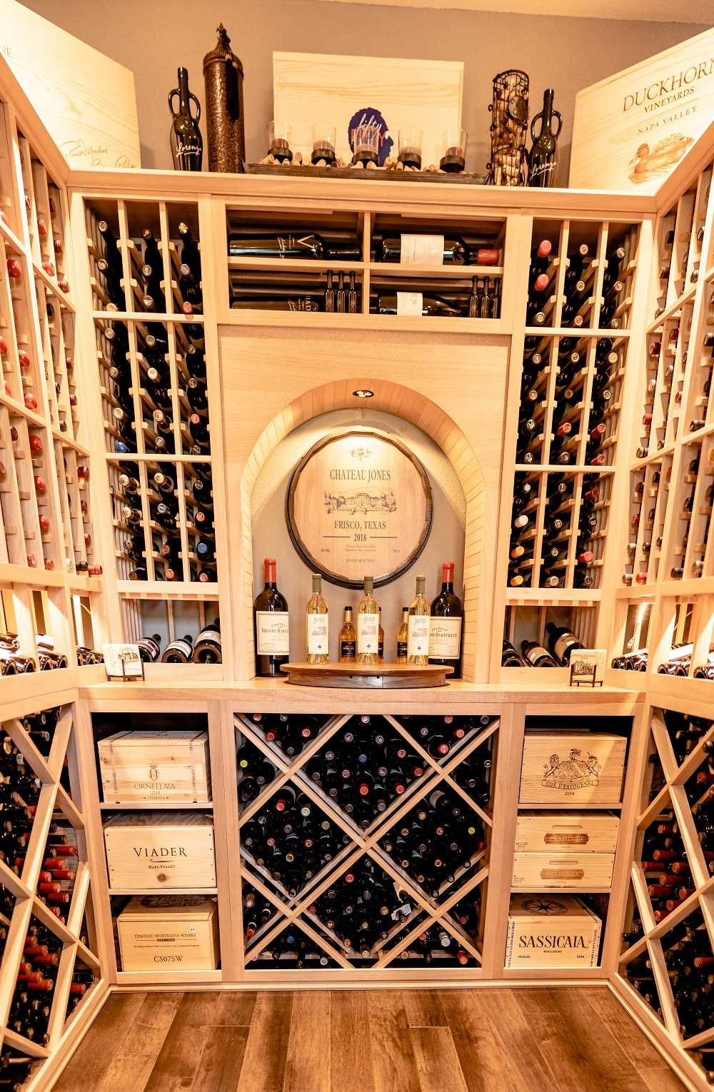 Talk to our wine cellar design specialists today! Click here!